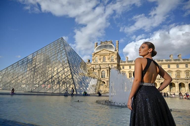 Top Fashion Model al Louvre